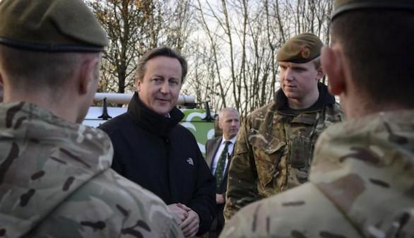 El Ejército británico enviará a mujeres a combatir en primera línea desde 2016