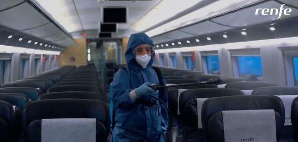 Así podrás viajar en tren: con mascarilla y toallitas, pero sin cafetería ni auriculares