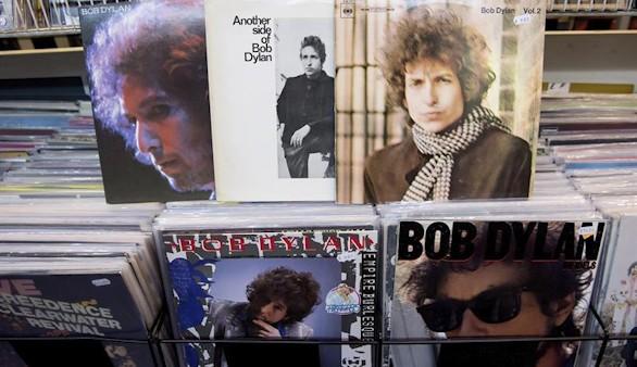 Y Bob Dylan dio alcance a otra utopía: How does it feel?