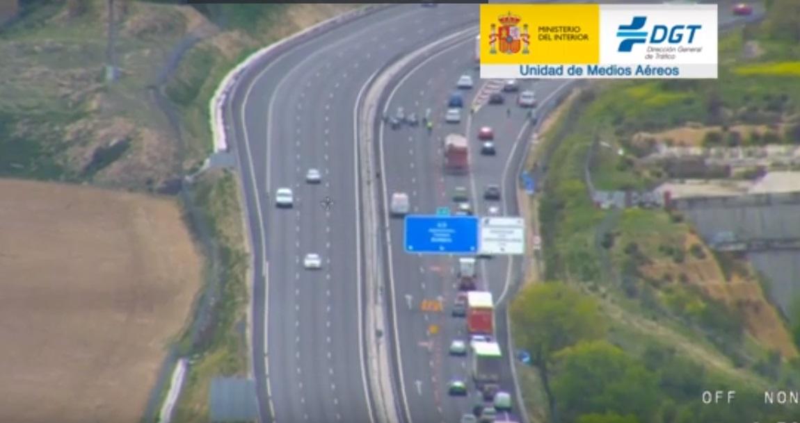Retenciones en las carreteras al inicio de la Semana Santa por el incremento de controles