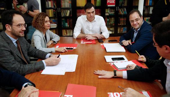El PSOE amenaza a Podemos con romper los pactos locales