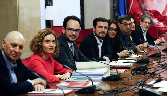 El PSOE seguirá negociando con la extrema izquierda