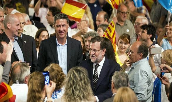 Rajoy y Albiol, recibidos en Reus entre insultos y abucheos