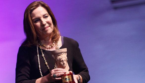 Reyes Calderón gana el Premio Azorín de Novela por 'Dispara a la luna'