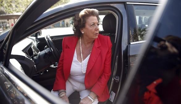 Las Cortes Valencianas aprueban pedir que Barberá deje el Senado