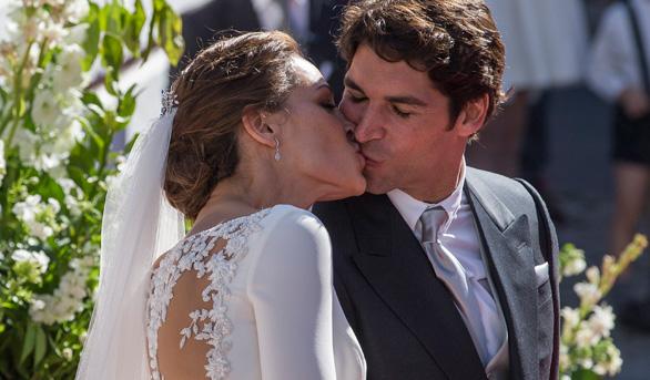 Cayetano Rivera y Eva González se casan en un evento multitudinario