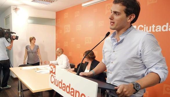 Rivera confirma que se presentará a las generales y Arrimadas, a las catalanas
