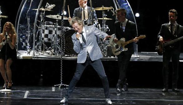 Romance eterno entre Madrid y Rod Stewart en un Teatro Real abarrotado