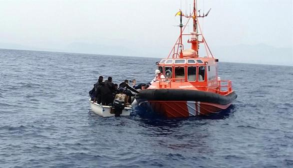 Salvamento rescata a 118 inmigrantes en aguas de Almería, Murcia y Alicante