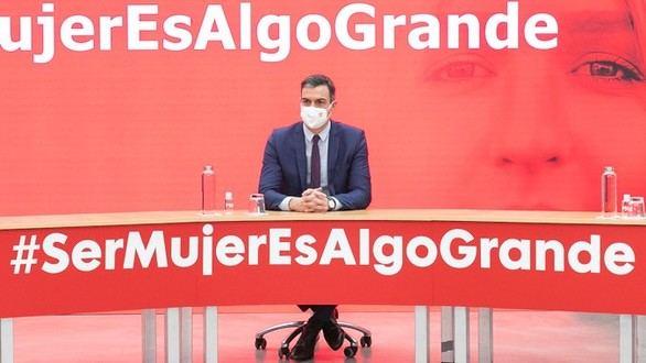 Sánchez usa el 8-M para criticar a la ultraderecha y su