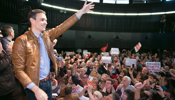 Sánchez prosigue en Zaragoza su campaña por las primarias