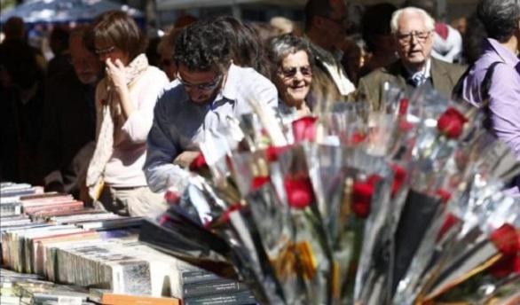Un Sant Jordi muy internacional: Márkaris, Siri Hustvedt, Donna Leon...
