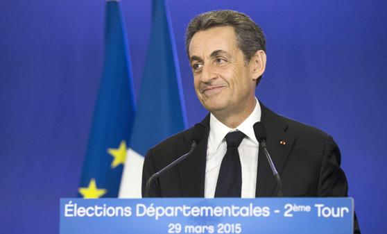 Francia confirma el éxito del centro-derecha y castiga a los socialistas