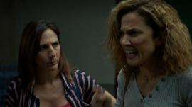 Lourdes y Mayte quieren evitar el ataque de Carmona en el colegio, en 'Señoras del (h)AMPA'.