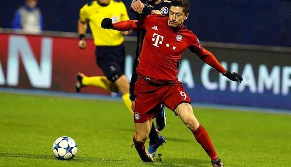 Lewandowski mantiene la racha y el Bayern gana un partido intranscendente