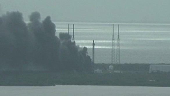 Explota un cohete en las instalaciones de Space X en Cabo Cañaveral