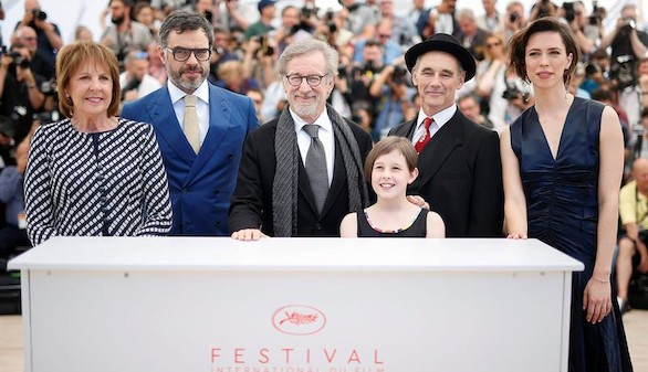 Spielberg regresa a la infancia con El gran gigante bonachón