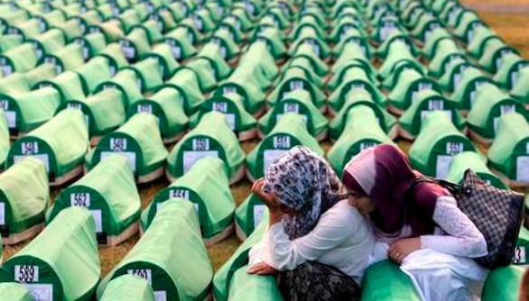 Veinte años de la matanza de la ciudad bosnia de Srebrenica