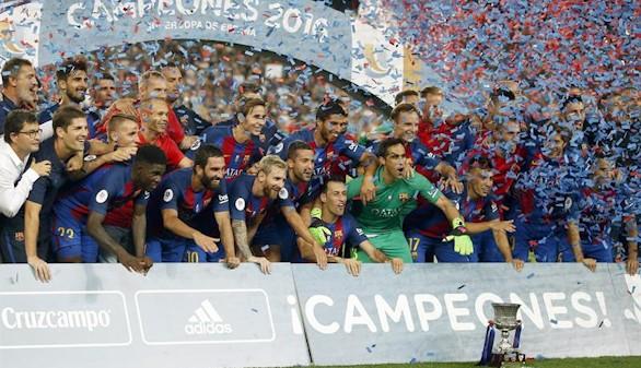 Arda Turan y Leo Messi dan brillo a una Supercopa de España para el Barça