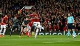 Svilar vuelve a fallar, el Benfica se hunde y el United de Mourinho se acerca a octavos   2-0