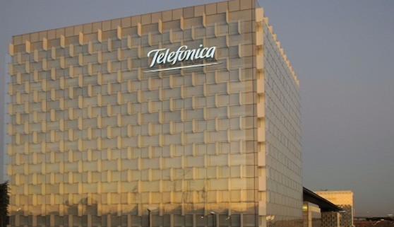 Telefónica lanza una oferta de 6.700 millones de euros por la brasileñaGVT