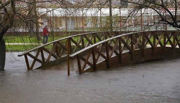 Seis comunidades en alerta por fuertes vientos costeros, nevadas y lluvia