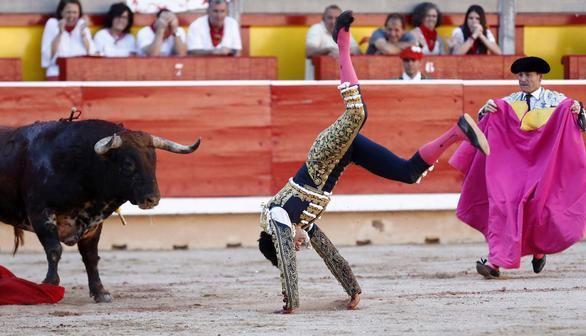 Feria de San Fermín. Cinco orejas y doble salida a hombros