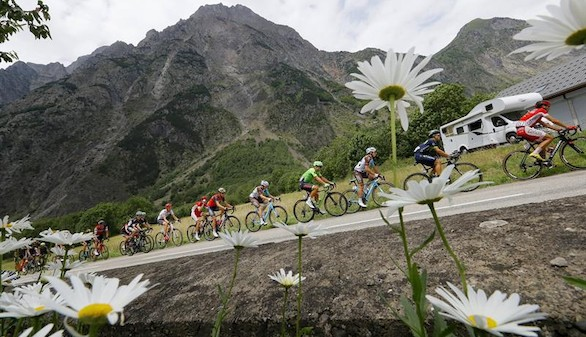 Tour de Francia. Roglic se corona en la primera llegada de los Alpes