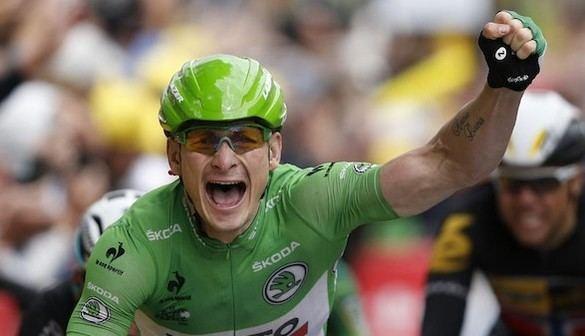 Tour de Francia: El 'Gorila' se impone en el sprint de Amiens bajo la lluvia