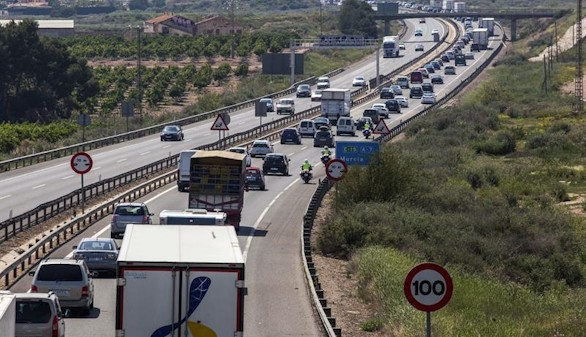 Operación retorno. Notables retenciones desde el Levante hacia Madrid