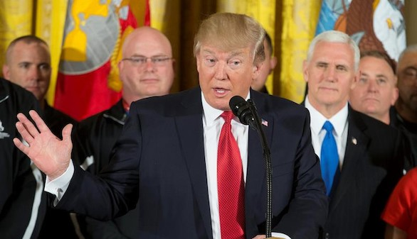 El Pentágono propone a Trump atacar el potencial de armas químicas de Siria
