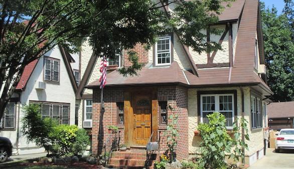 La casa de la infancia de Trump, disponible en Airbnb por 634 euros la noche