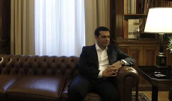 Pocos cambios en el equipo de Tsipras, que mantiene a Tsakalotos