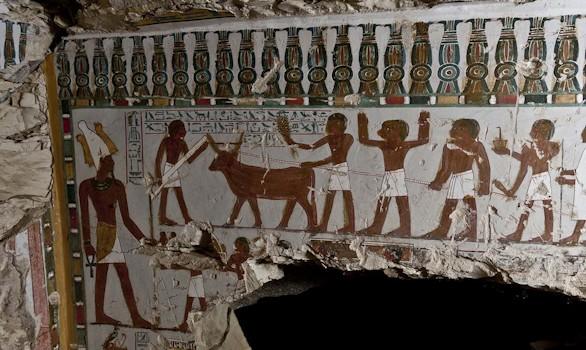 Hallada por sorpresa en Luxor una tumba de la dinastía XVIII
