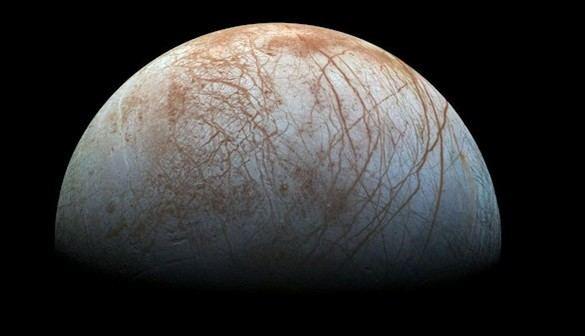 Europa, la luna de Júpiter, alberga vapor de agua, quizá vida
