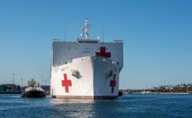 EEUU moviliza el USNS Comfort y el USNS Mercy, dos enormes buques hospital