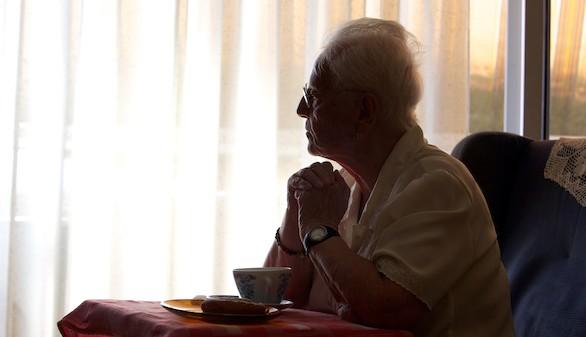 El 39,8% de las personas más mayores de 65 años presenta soledad emocional