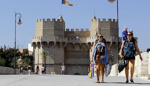 Más de 18 millones de turistas entre enero y abril