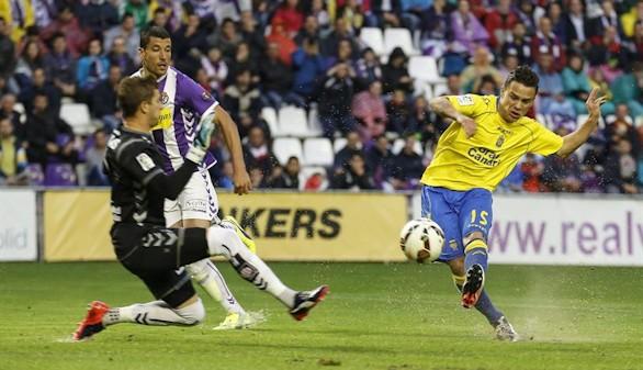 Dos expulsiones frenan al Valladolid y la eliminatoria queda abierta