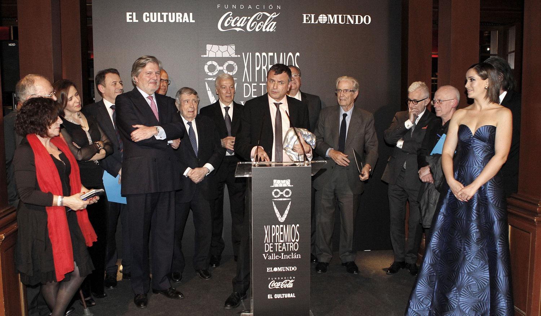 Ernesto Caballero gana el XI Premio Valle-Inclán por El laberinto mágico