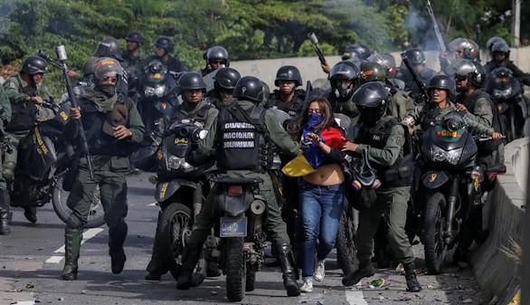 La oposición se prepara para una gran batalla contra Maduro