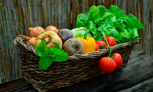 Las verduras fritas con aceite de oliva tienen más propiedades que las cocidas