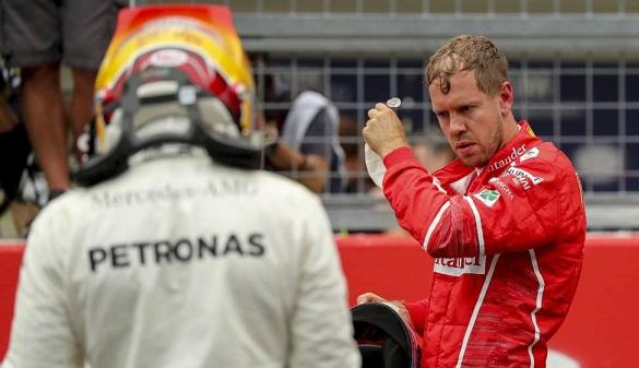 Fórmula Uno. Vettel y Hamilton se alían para atacar a Fernando Alonso