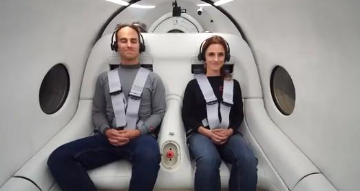 Virgin prueba con éxito su 'tren del futuro' con pasajeros a bordo