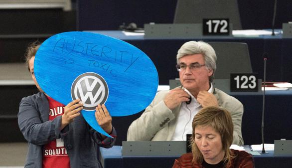 Volkswagen llama a revisión 8,5 millones de vehículos en Europa