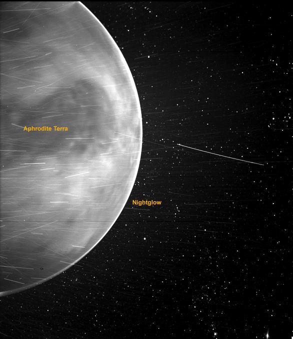 Imagen de Venus tomada por la sonda Parker en julio de 2020.