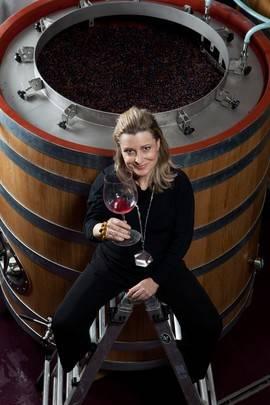 """María José Yravedra, de Bodega Ronsel do Sil en Ribeira Sacra: 'Tanto la arquitectura como la cata de un gran vino generan """"espacios"""" emocionales'"""