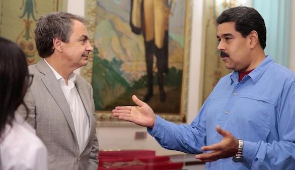 Zapatero trata con Maduro abrir el diálogo con la oposición