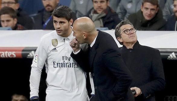 Zidane desnuda que le falta un delantero y que el Madrid quiso fichar uno pero no pudo