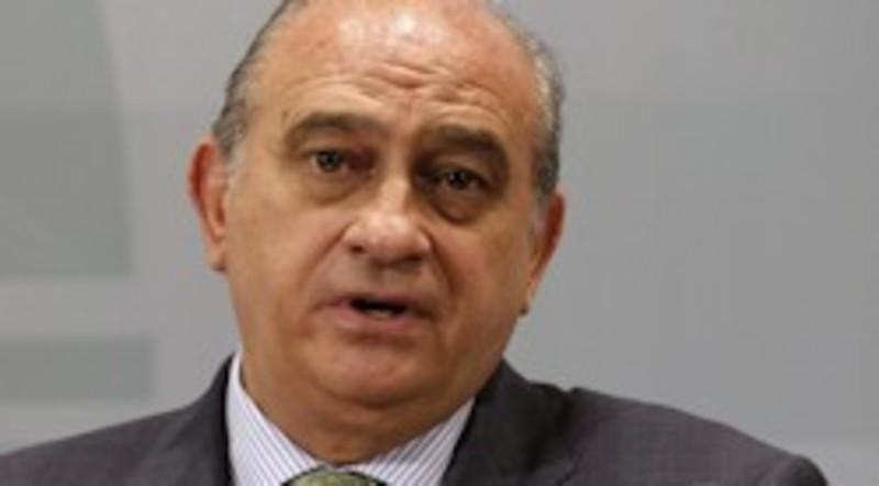 El ministro del interior dice que si eta se disuelve la for Ministro del interior actual